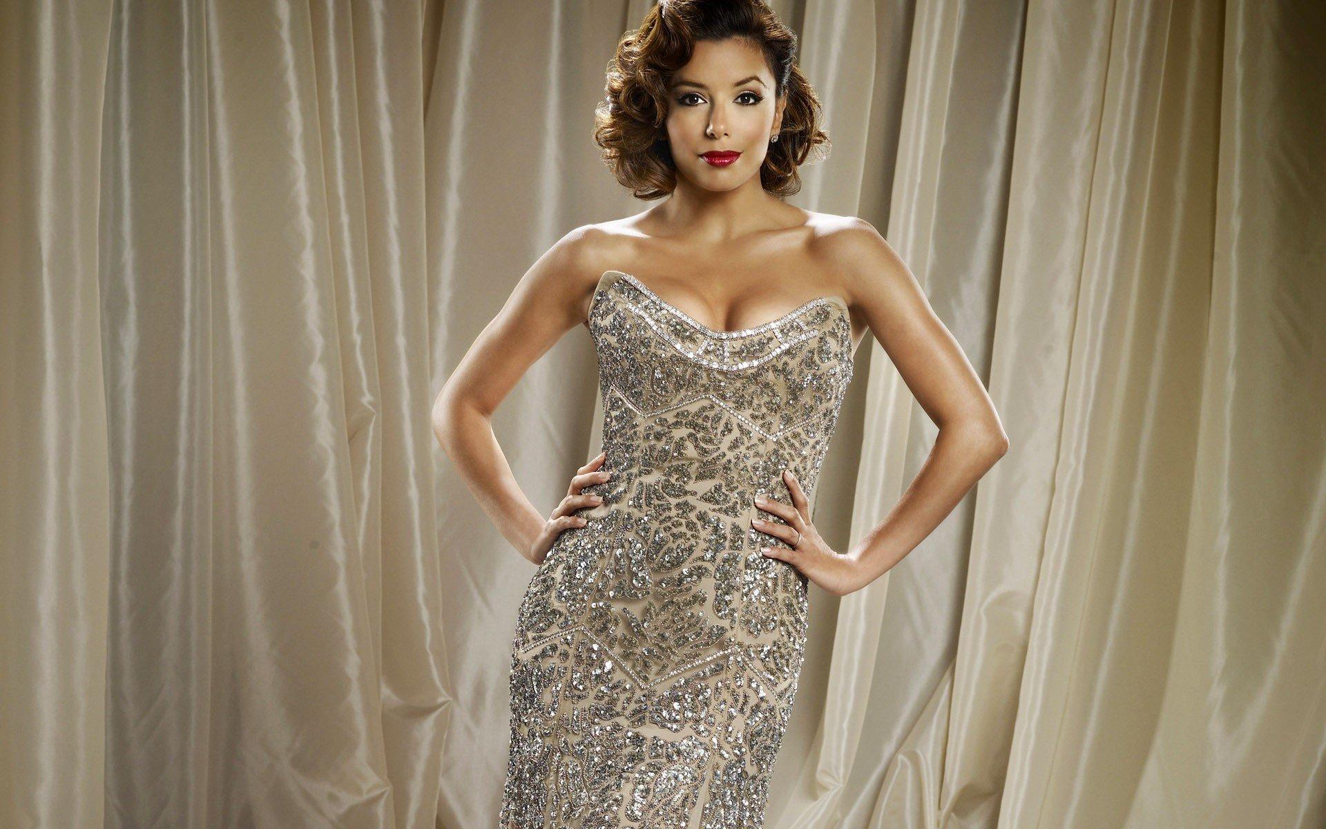eva-longoria-wearing-elegant-dress