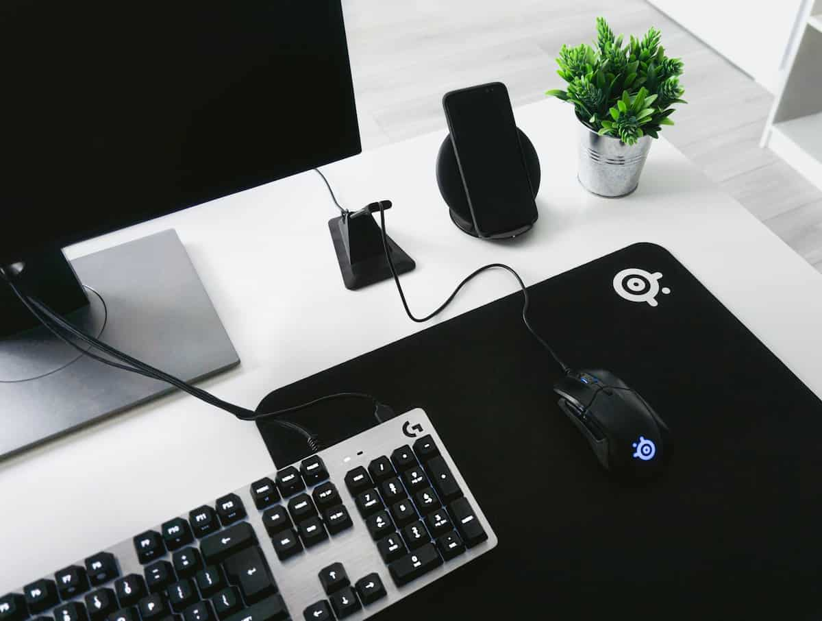 gaming computer and accessories