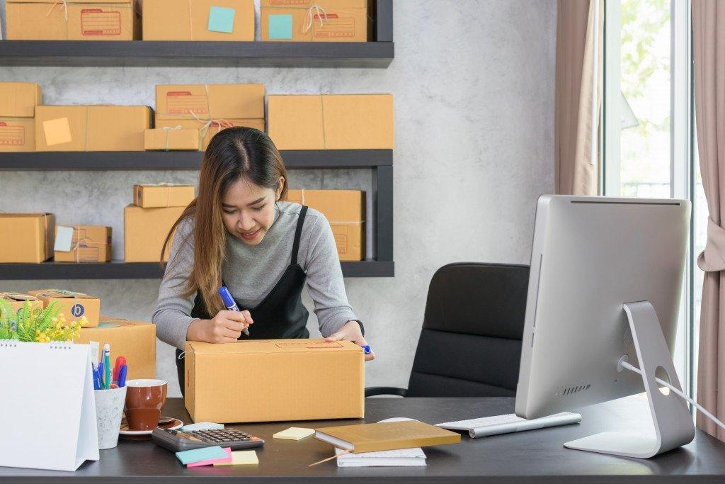 managing online business